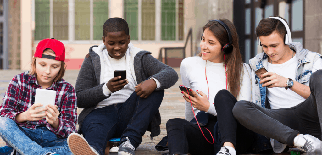 Social Media & Technology